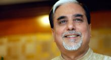 #Control: Is Zee TV honcho Subhash Chandra planning takeover of World Cricket?